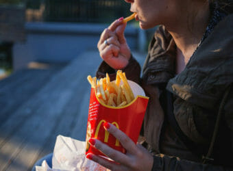 How The Western Diet Affects Your Body & Mind