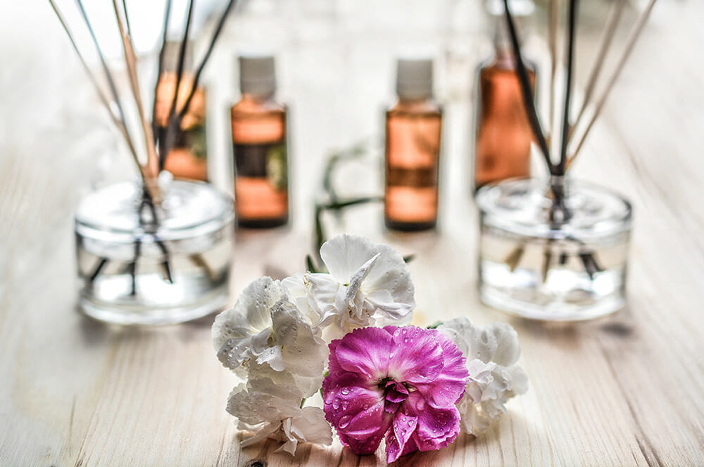 Essential-Oils-As-Disinfectants